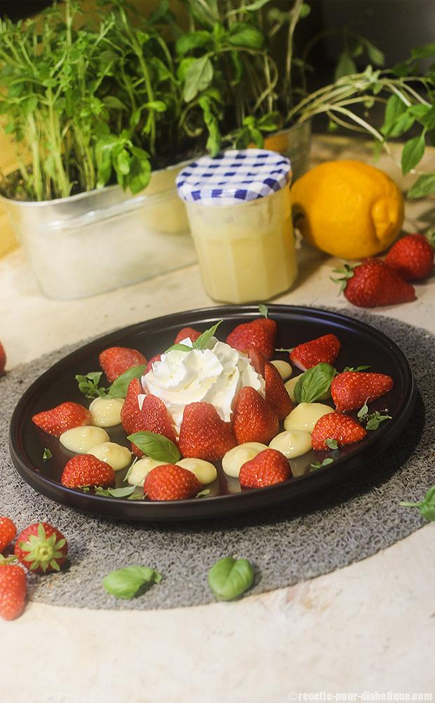 fraises-lemoncurd-chantilly